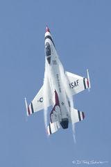 U.S. Air Force Thunderbirds - F-16 Falcon